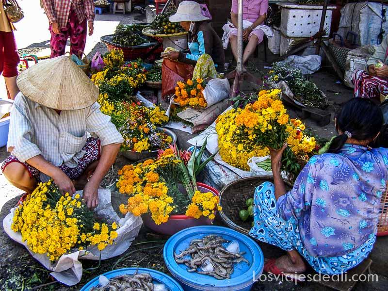 venta de flores en Hoi An