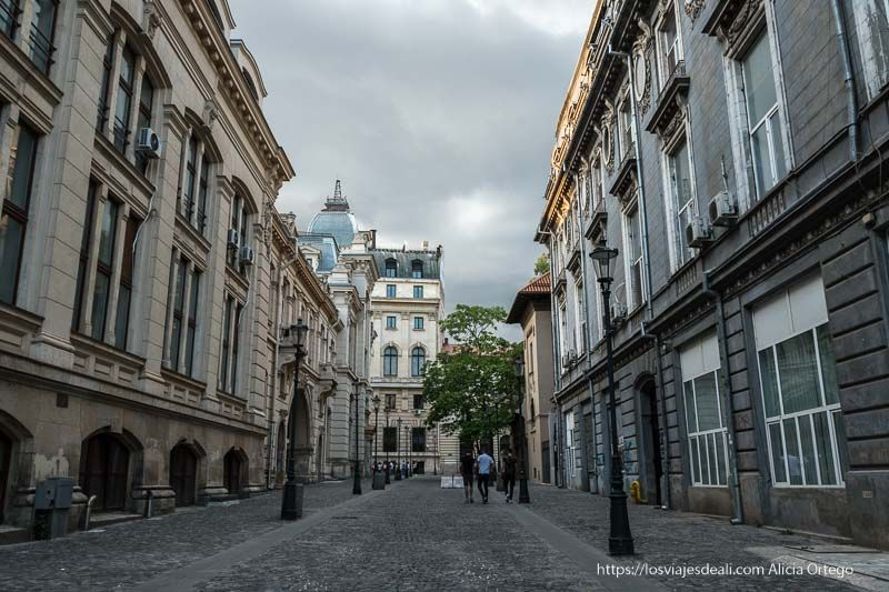 centro histórico de Bucarest calle peatonal