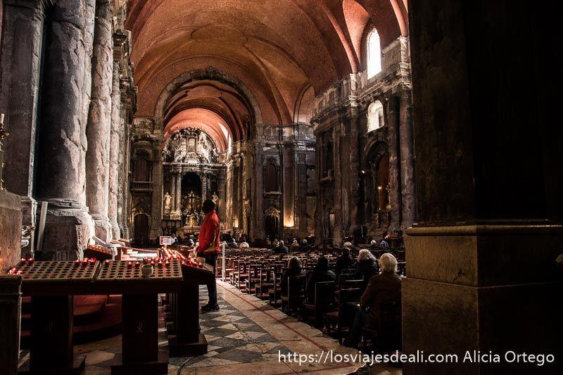 inglesia sao domingos con columnas rotas en lisboa