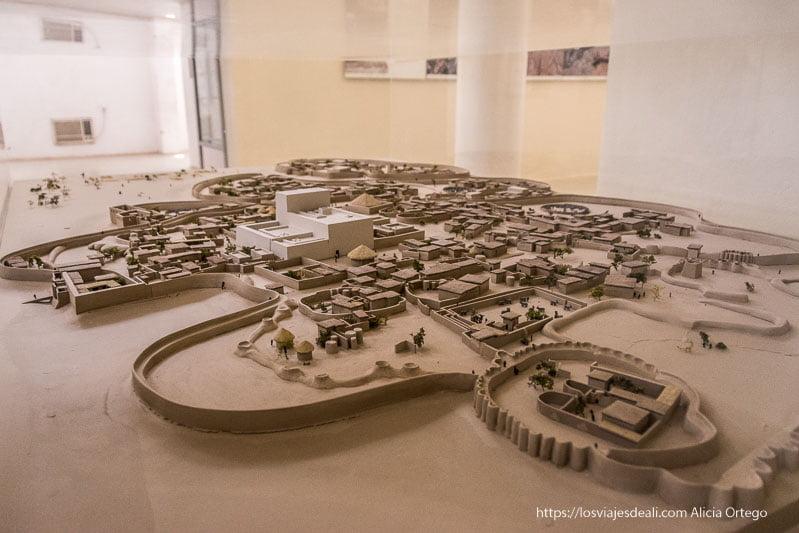 maqueta de antigua civilización de kerma