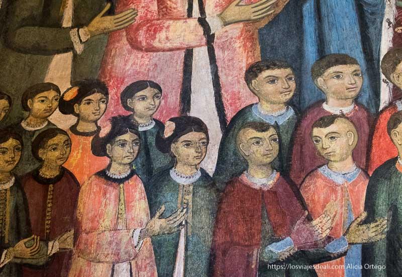 frescos de damas y caballeros en el monasterio de sinaia