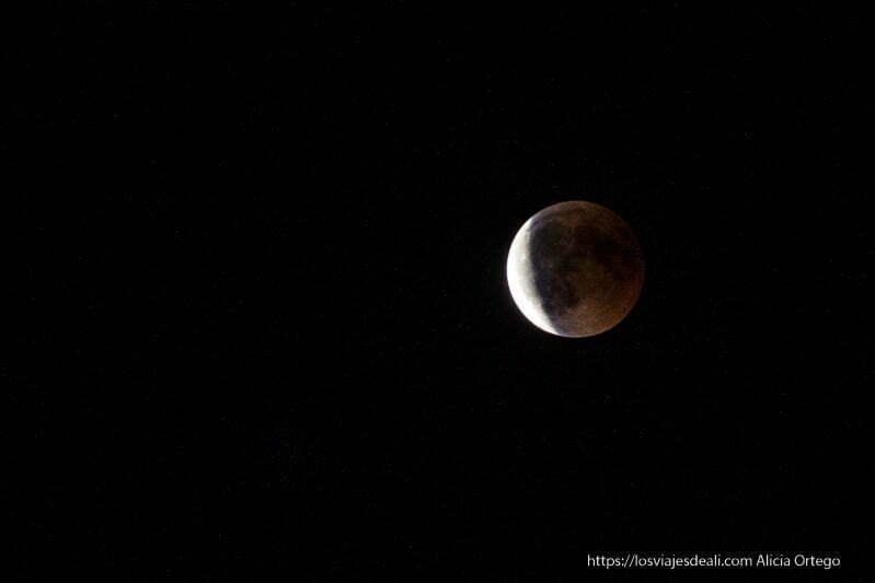 eclipse de luna 2018 blanca y roja