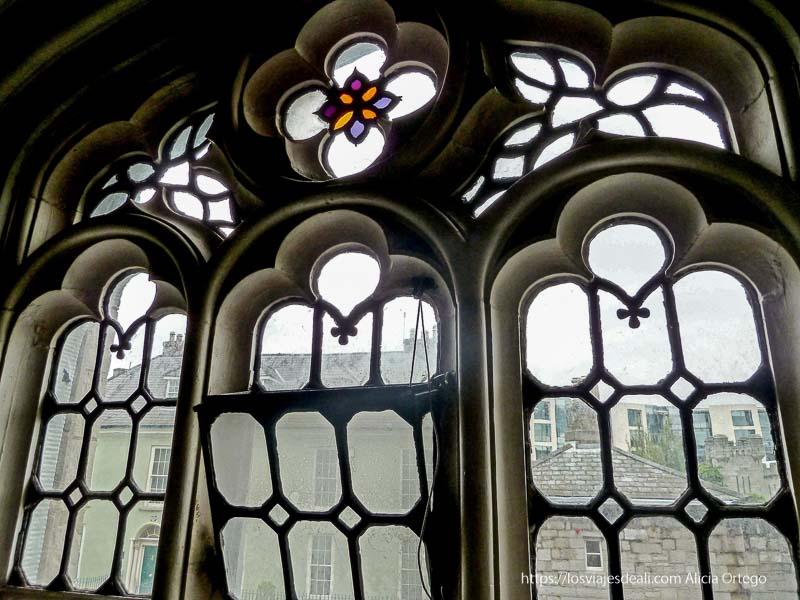 vidrieras de la capilla del castillo de dublin