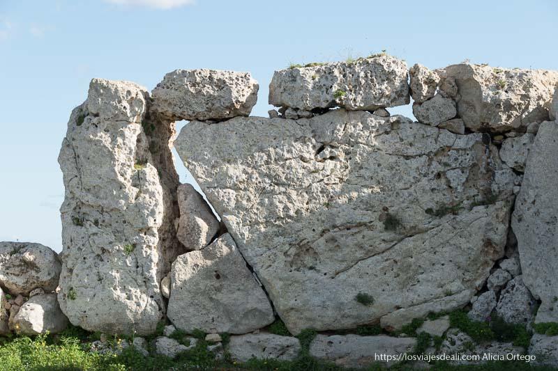 muros enormes de piedra de templos ggantija en Gozo