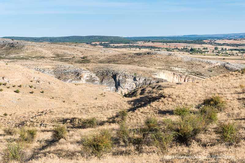 vistas del campo en los alrededores de uxama soria romana