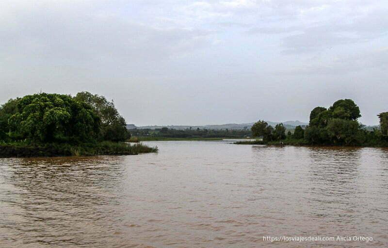 lago tana donde nace el nilo