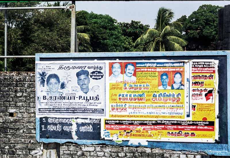 cartel que anuncia bodas en mamallapuram tamil nadu