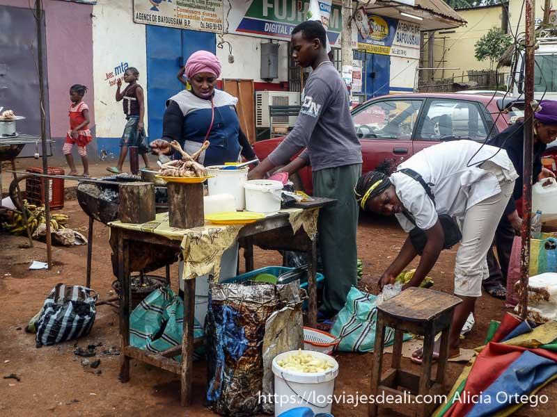 puesto de comida en país bamileké