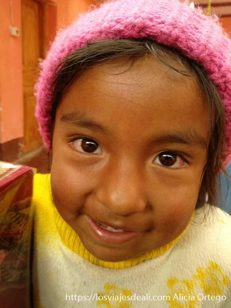 niña boliviana