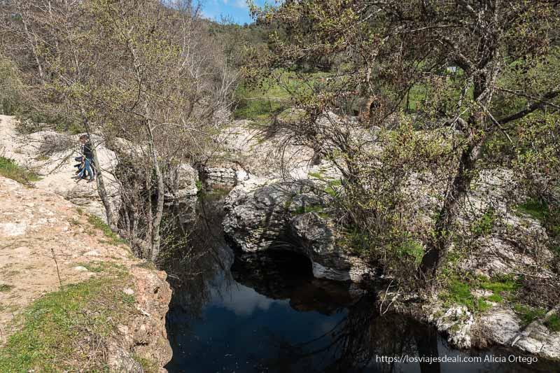 pozas naturales en el río guadalix