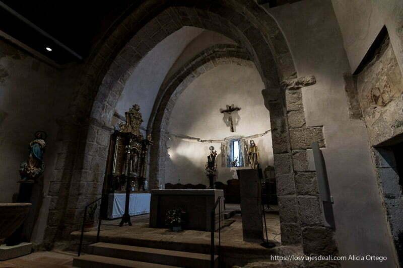 altar de la iglesia de Prádena del Rincón