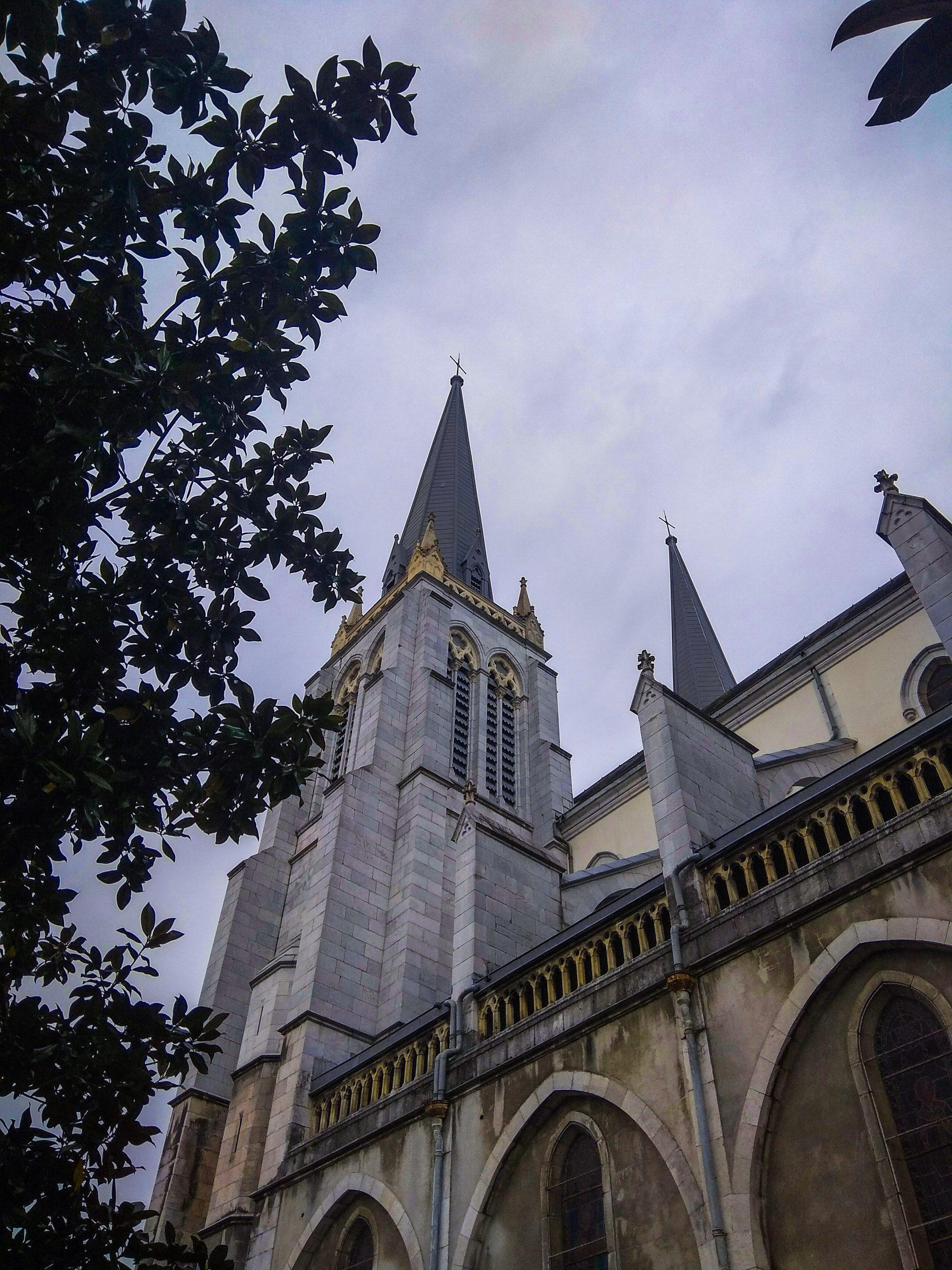 iglesia de san martin - Que ver en Pau