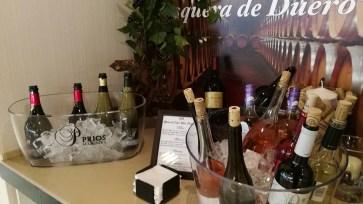 Amplio surtido de vinos en la Sala Cibeles