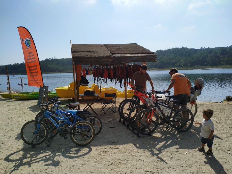 -Alquiler de bicicletas. Lago de Óbidos-