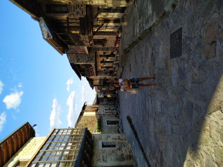 -Calle en Puebla de Sanabria,Zamora-