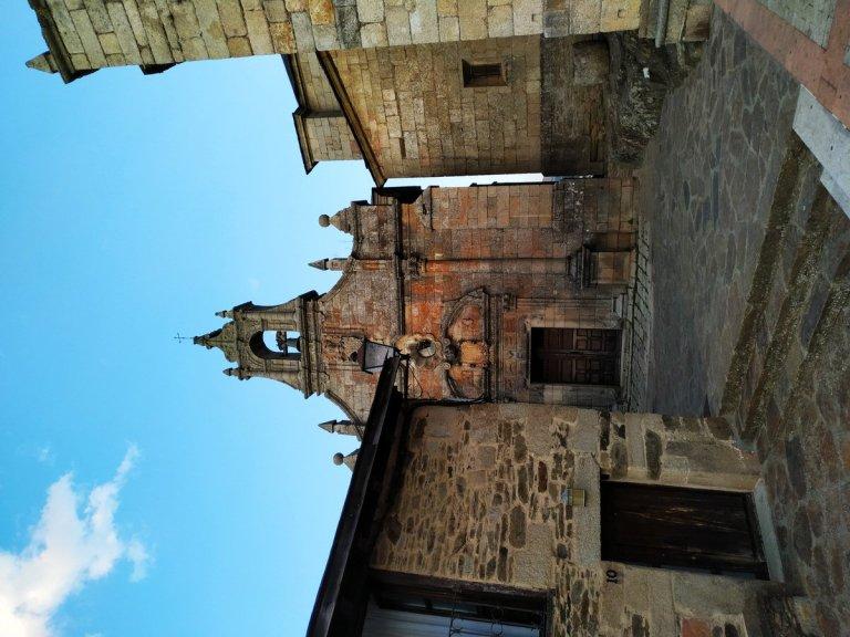 -Ermita de San Cayetano.Puebla de Sanabria-