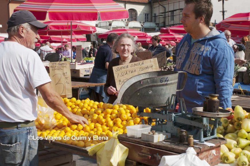 La zona de la fruta. Visitar Zagreb