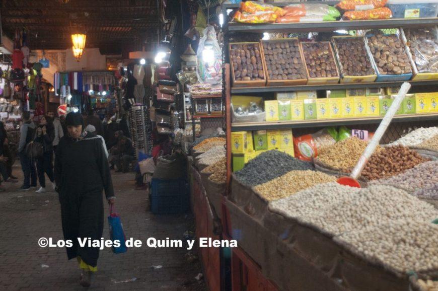 Comercios en la medina de Marrakech