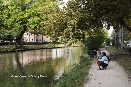 Elena y Éric en el Canal du Midi