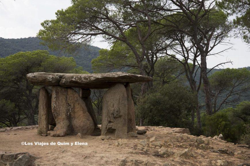 Dolmen de Pedra Gentil, en excursiones  con niños en cataluña