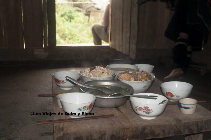 La comida ya está preparada en la casa de los Hmong negros