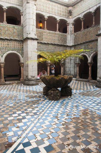 Claustro manuelino del Palacio da Pena