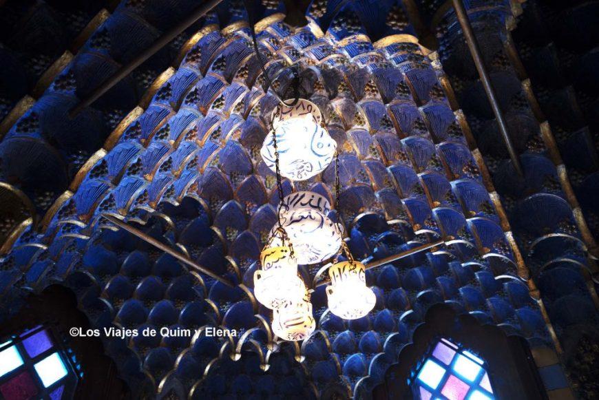Los techos de la Casa Vicens, alucinantes