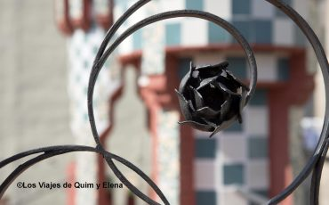 Detalle en la Casa Vicens en la ruta modernista en Barcelona