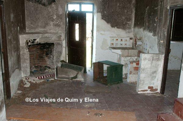 Interior de una casa de el Alamín, lugares abandonados