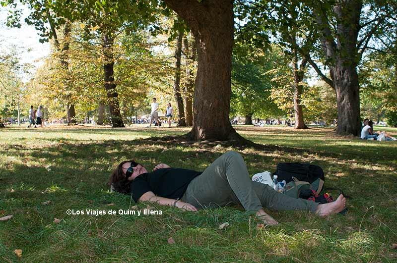 Elena en Hyde Park, Londres