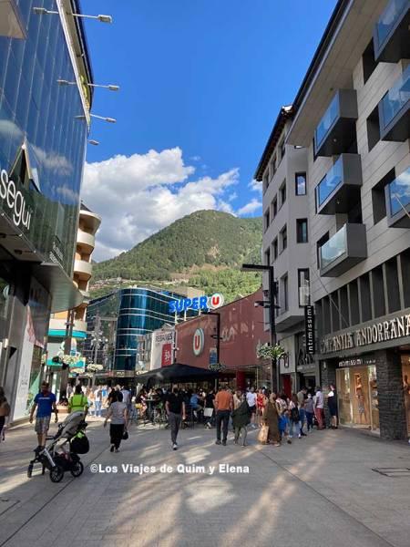 Zona comercial en Andorra la Vella