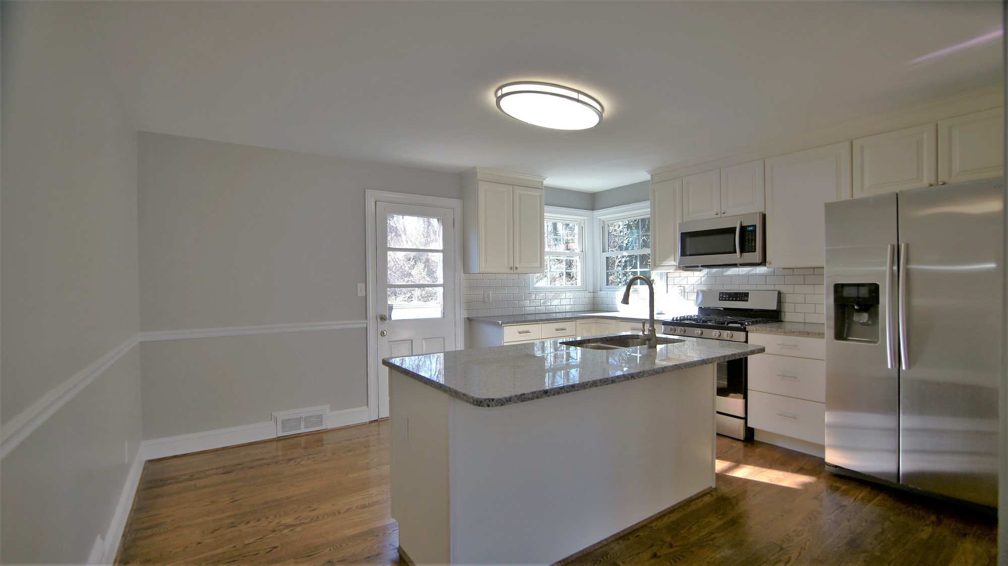 Open kitchen in Ardmore, Winston-Salem