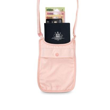 Antykradzieżowy portfel na szyję Pacsafe Coversafe S75 różowy