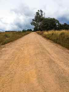 23 Tips for driving on dirt roads