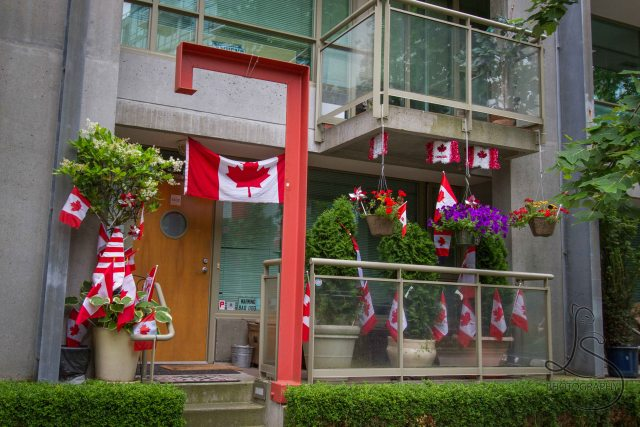 A Vancouver condo, bedecked in many Canadian flags for Canada Day | LotsaSmiles Photography