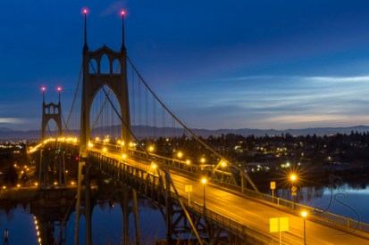 The St. Johns Bridge is a beautiful Portlan landmark, especially just before dawn.