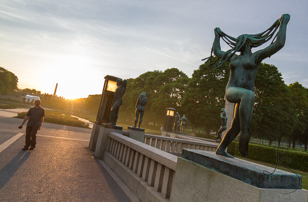 The Bridge in Vigeland Park | LotsaSmiles Photography