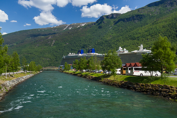 A giant cruise ship in the main port at Flam | LotsaSmiles Photography