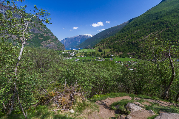 View of the valley below Brekkefossen | LotsaSmiles Photography