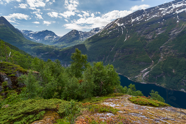The view from atop the Losta trail, looking back toward Geiranger | LotsaSmiles Photography