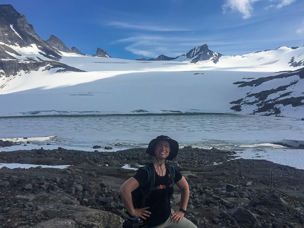 Me, posing in front of the Leir glacier in Norway | LotsaSmiles Photography