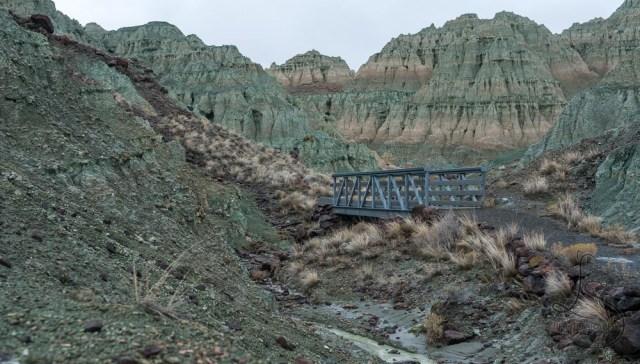 A metal bridge in Oregon's Blue Basin | LotsaSmiles Photography