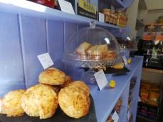 Cakes & scones