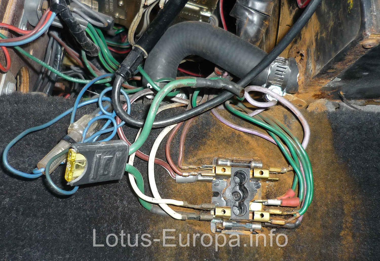 Lotus Europa Lucas fuse block