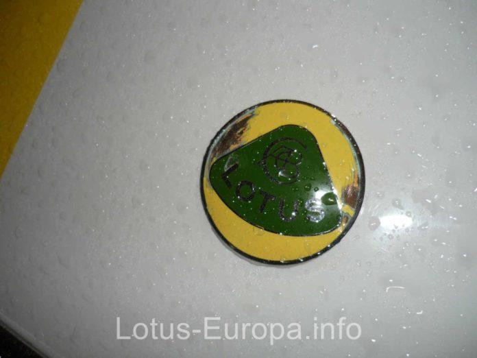Raindrops on Lotus badge