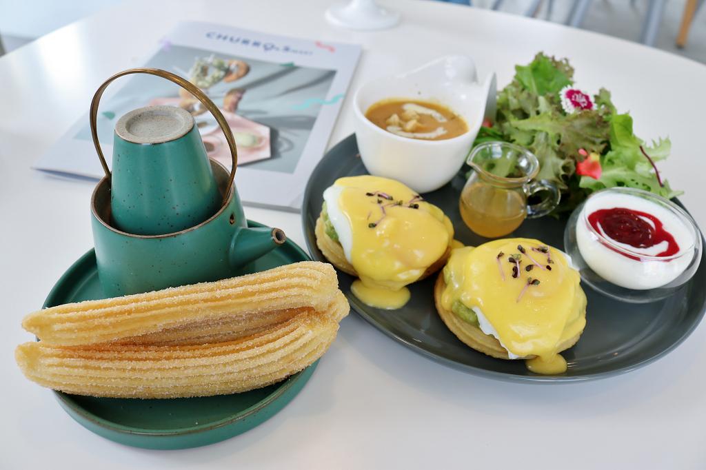 臺南|CHURRO & Sweet 吉拿棒版本杏仁油條.早午餐推薦 - 奇奇一起玩樂趣