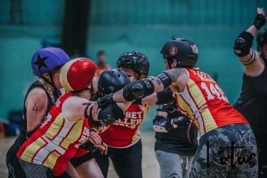 Lotus Phtotography Bournemouth Dorset Roller Girls Roller Derby Sport Photography 251