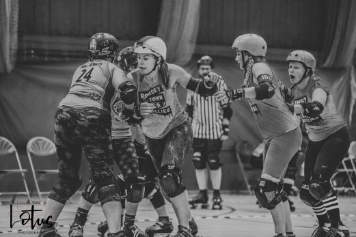 Lotus Phtotography Bournemouth Dorset Roller Girls Roller Derby Sport Photography 27-2