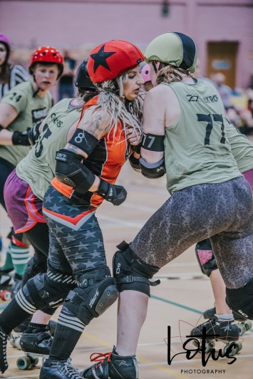Lotus Phtotography Bournemouth Dorset Roller Girls Roller Derby Sport Photography 59