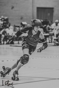 Lotus Phtotography Bournemouth Dorset Roller Girls Roller Derby Sport Photography 95-2